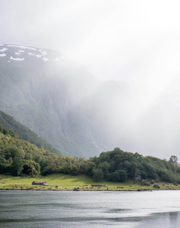 A weekend in Bergen – Cruise from Flåm to Gudvangen part 2